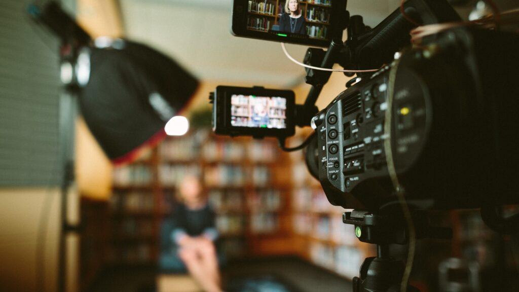 4 formatos de vídeos corporativos para sua empresa